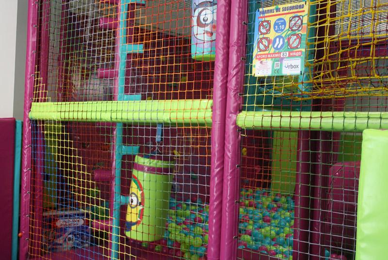 Urbox parque infaltil con bolas